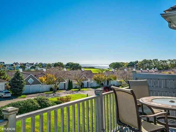 3 bed 4 bath Condo at 52 Sea View Ln Mashpee, MA, 02649 is for sale at 649k - 1 of 21