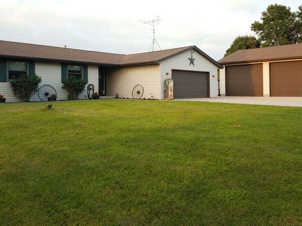 3 bed 1 bath Single Family at W6946 Kettle View Rd Plymouth, WI, 53073 is for sale at 230k - 1 of 27