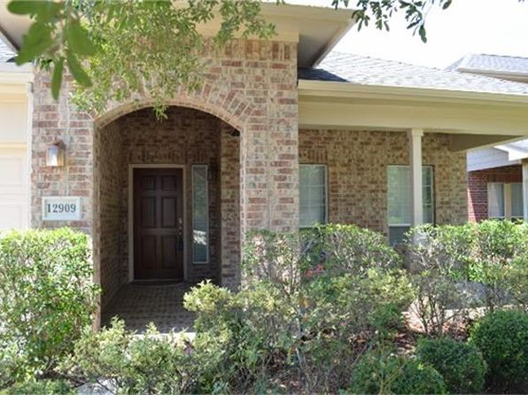3 bed 2 bath Single Family at 12909 Flat Creek Dr Pearland, TX, 77584 is for sale at 232k - 1 of 22