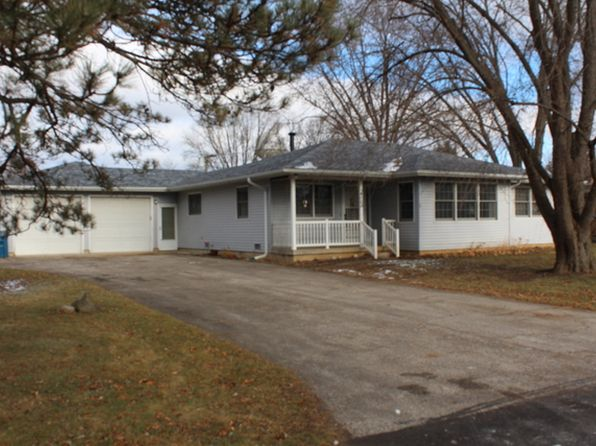 3 bed 2 bath Single Family at 460 E Spring Ave South Elgin, IL, 60177 is for sale at 215k - 1 of 17