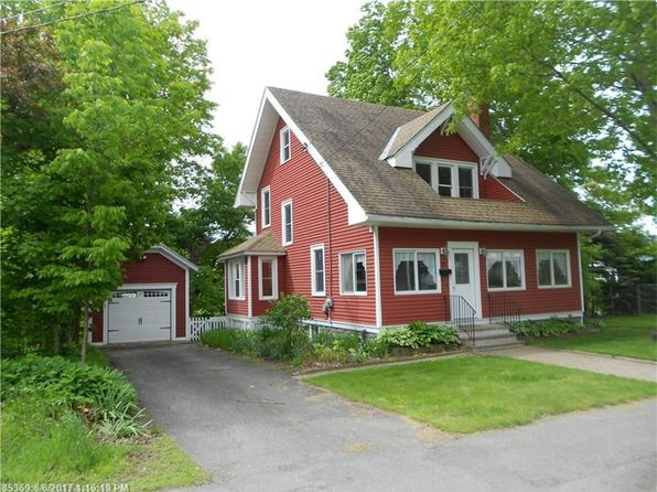 3 bed 1.5 bath Single Family at 43 Lincoln St Dover Foxcroft, ME, 04426 is for sale at 159k - 1 of 28