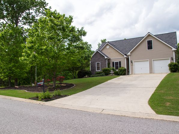4 bed 3 bath Single Family at 400 Hampton Forest Trl Dahlonega, GA, 30533 is for sale at 260k - 1 of 58