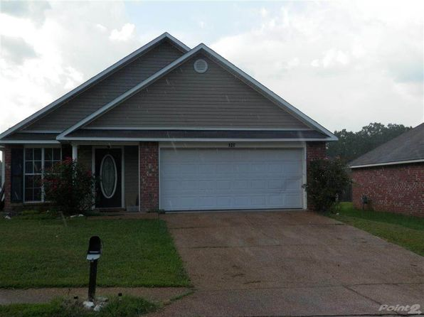 3 bed 2 bath Single Family at 127 Nicholson Dr Terry, MS, 39170 is for sale at 115k - 1 of 7