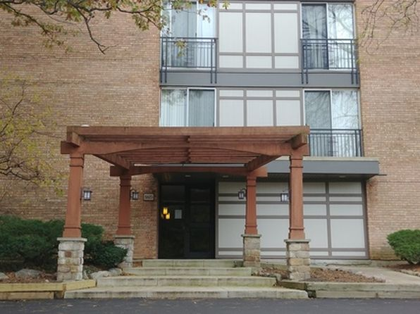 2 bed 1 bath Condo at 5820 Oakwood Dr Lisle, IL, 60532 is for sale at 140k - google static map