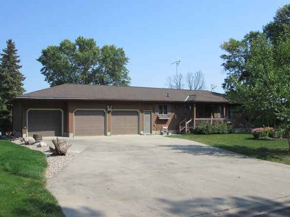 3 bed 3 bath Single Family at 120 Sunset Dr Saint James, MN, 56081 is for sale at 299k - 1 of 22