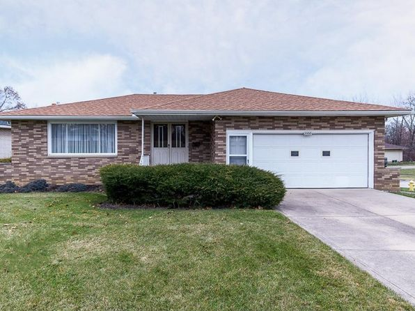 3 bed 2 bath Single Family at 2000 Coventry Dr Parma, OH, 44134 is for sale at 160k - 1 of 35