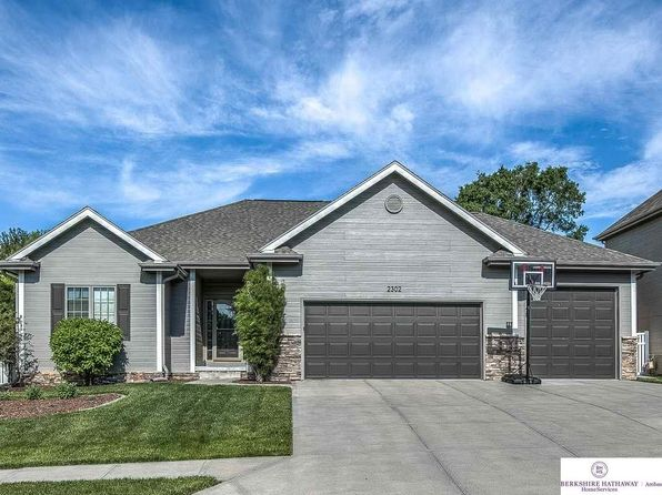 5 bed 3 bath Single Family at 2302 N 174th St Omaha, NE, 68116 is for sale at 339k - 1 of 36
