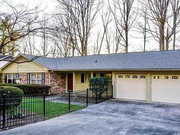 4 bed 3 bath Single Family at 802 Chesterfield Cir SW Lenoir, NC, 28645 is for sale at 174k - 1 of 25
