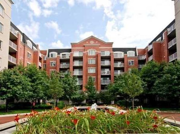 2 bed 2 bath Condo at 4833 N Olcott Ave Harwood Heights, IL, 60706 is for sale at 260k - 1 of 13