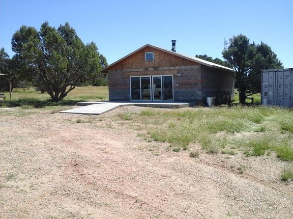 1 bed 1 bath Single Family at 47683 N DEADWOOD RD SELIGMAN, AZ, 86337 is for sale at 106k - 1 of 25
