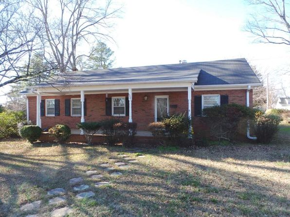 3 bed 2 bath Single Family at 1000 S Petty St Gaffney, SC, 29340 is for sale at 90k - 1 of 14