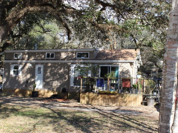 1 bed 1 bath Single Family at 27 Catamaran Blessing, TX, 77419 is for sale at 63k - 1 of 14