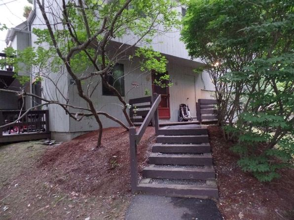 3 bed 3 bath Townhouse at 105 Williams Lane 7f Hartford, VT, 05059 is for sale at 59k - 1 of 11