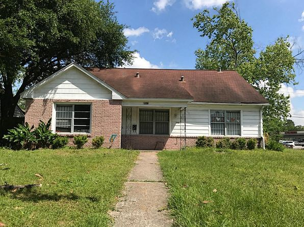 3 bed 1 bath Single Family at 1206 Lamonte Ln Houston, TX, 77018 is for sale at 295k - 1 of 5