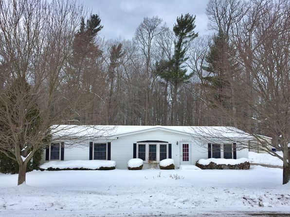3 bed 2 bath Single Family at 8667 Indian Bay Rd Montague, MI, 49437 is for sale at 118k - 1 of 24