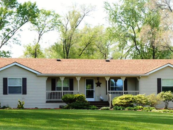 3 bed 3 bath Single Family at 1941 W 53RD ST DAVENPORT, IA, 52806 is for sale at 185k - 1 of 20