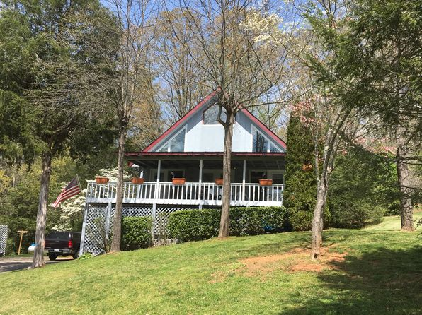 3 bed 2 bath Single Family at 325 CEDAR ESTATES RD FRANKLIN, NC, 28734 is for sale at 175k - 1 of 23