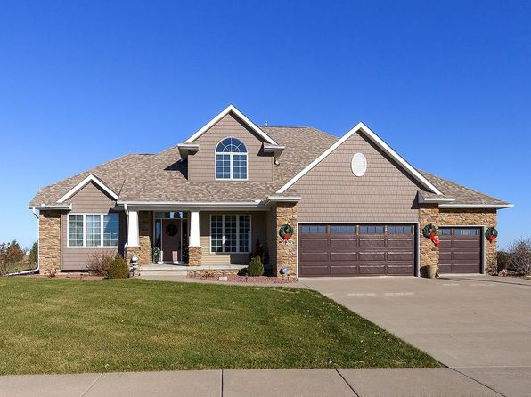 4 bed null bath Single Family at 5657 Judge Rd Bettendorf, IA, 52722 is for sale at 446k - 1 of 22