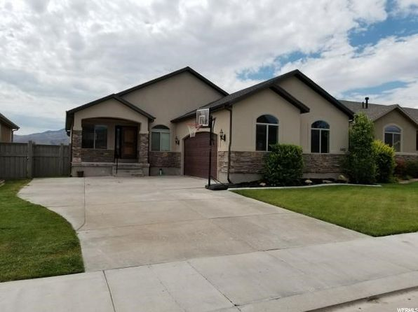 3 bed 2 bath Single Family at 3402 E Heyward Ct Eagle Mountain, UT, 84005 is for sale at 307k - 1 of 28