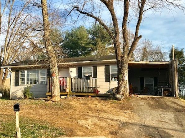 2 bed 2 bath Single Family at 318 Sycamore St Cookeville, TN, 38501 is for sale at 40k - google static map