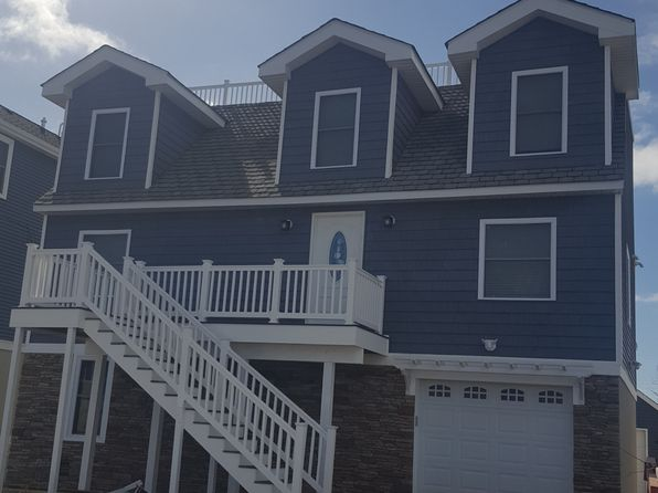 5 bed 4 bath Single Family at 4 E 18th St Brant Beach, NJ, 08008 is for sale at 750k - google static map