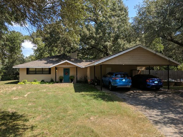 3 bed 3 bath Single Family at 1709 Okeefe Rd Jacksonville, TX, 75766 is for sale at 189k - 1 of 27