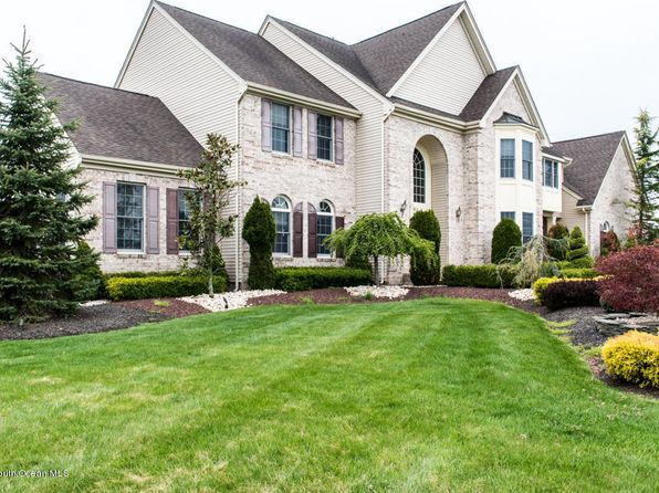 5 bed 5 bath Single Family at 38 Coleridge Dr Marlboro, NJ, 07746 is for sale at 989k - 1 of 37