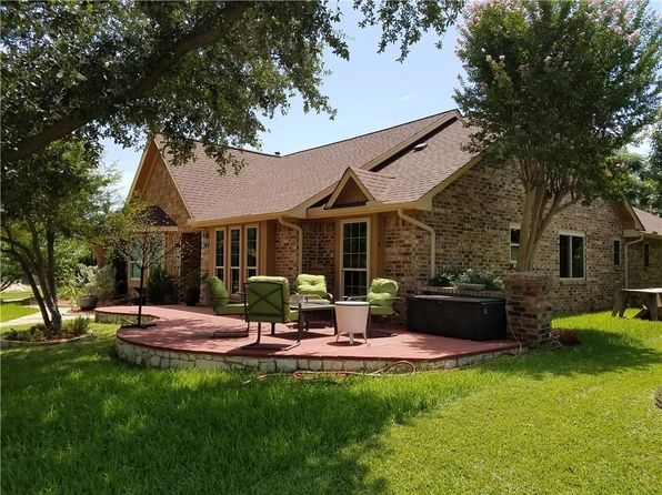 3 bed 3 bath Single Family at 2200 Covinton Ln Plano, TX, 75023 is for sale at 312k - 1 of 25