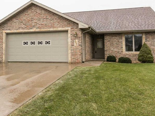3 bed 3 bath Single Family at 2301 Matthew John Dr Dubuque, IA, 52002 is for sale at 225k - 1 of 25
