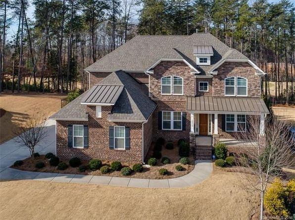 5 bed 4 bath Single Family at 16516 Flintrock Falls Ln Charlotte, NC, 28278 is for sale at 550k - 1 of 33