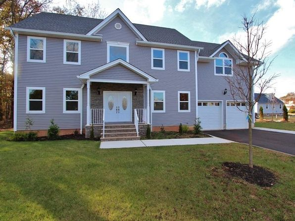 5 bed 4 bath Single Family at 320 Beatrice Pl 1222 South Plainfield, NJ, 07080 is for sale at 600k - 1 of 23