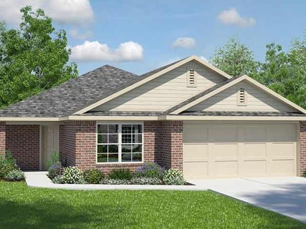 4 bed 2 bath Single Family at 11021 Pack Wagon Trl Austin, TX, 78754 is for sale at 255k - 1 of 2