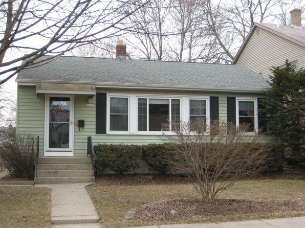 2 bed 1 bath Single Family at 3175 N 81st St Milwaukee, WI, 53222 is for sale at 111k - 1 of 12