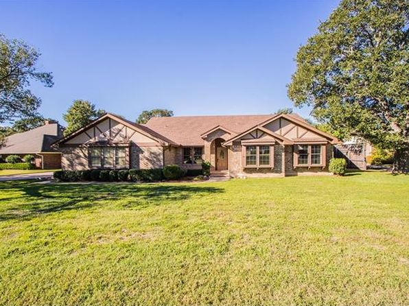 4 bed 3 bath Single Family at 1720 Possum Trot St Round Rock, TX, 78681 is for sale at 419k - 1 of 30