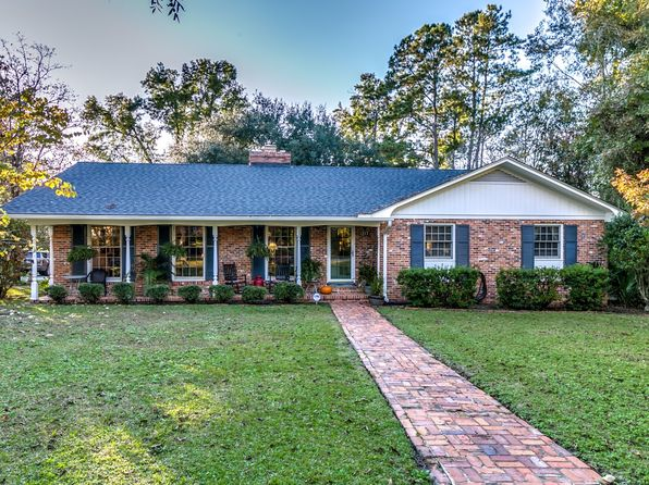 3 bed 2 bath Single Family at 1217 Pinewood Cir Conway, SC, 29526 is for sale at 239k - 1 of 35