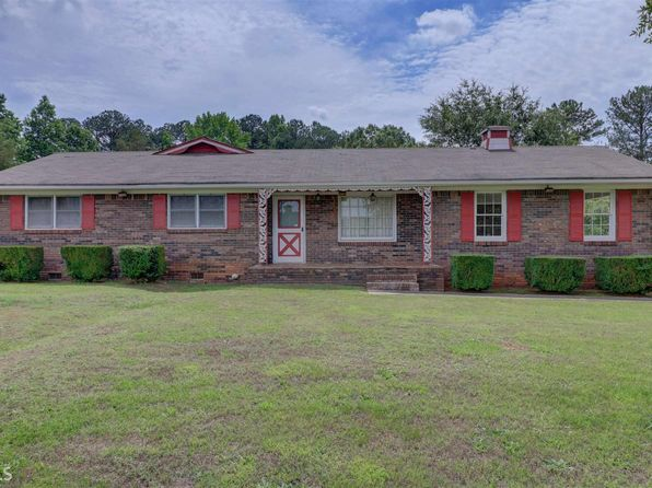 3 bed 2 bath Single Family at 1329 Gratis Rd NW Monroe, GA, 30656 is for sale at 150k - 1 of 33