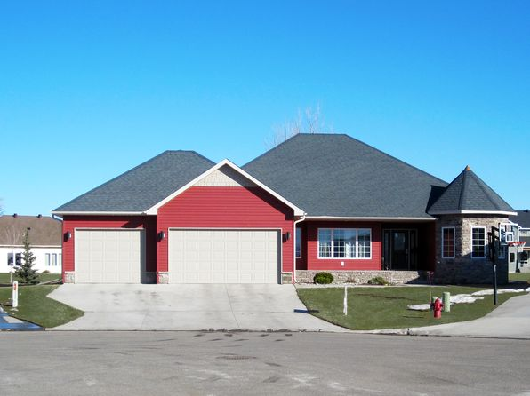 5 bed 3 bath Single Family at 229 36 1/2 Avenue Pl E West Fargo, ND, 58078 is for sale at 569k - 1 of 21