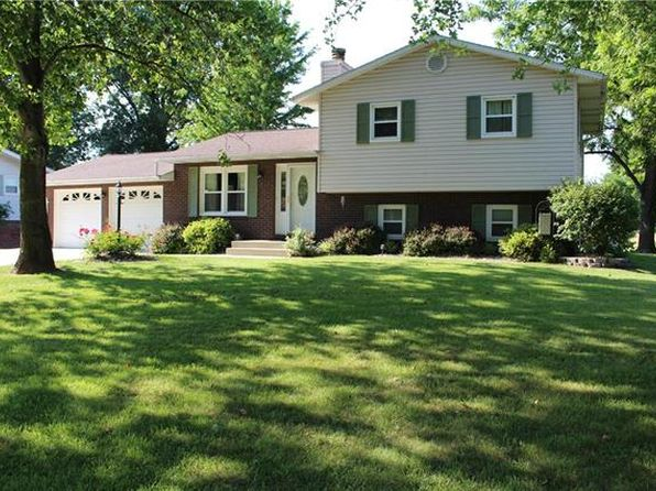 3 bed 2 bath Single Family at 14 Kay Dr Highland, IL, 62249 is for sale at 200k - 1 of 31