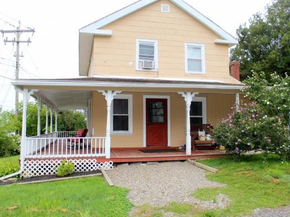 3 bed 1 bath Single Family at 2719 E Main St Whitney Point, NY, 13862 is for sale at 90k - 1 of 19