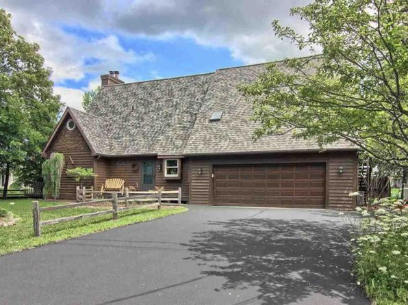 3 bed 4 bath Single Family at 946 Harbor Ct Traverse City, MI, 49685 is for sale at 389k - 1 of 94