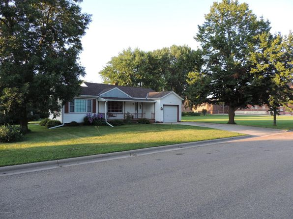 2 bed 1 bath Single Family at 408 South St West Concord, MN, 55985 is for sale at 88k - 1 of 14