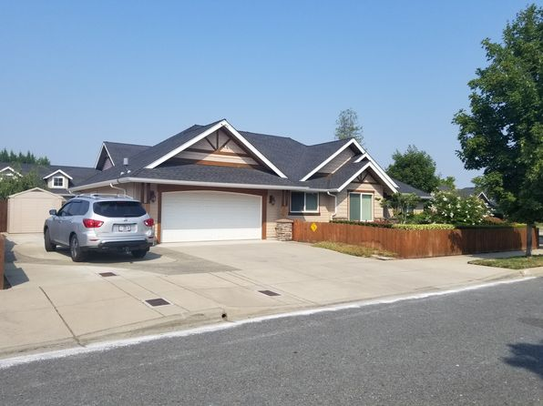 3 bed 2 bath Single Family at 1386 SW David Dr Grants Pass, OR, 97527 is for sale at 325k - 1 of 5