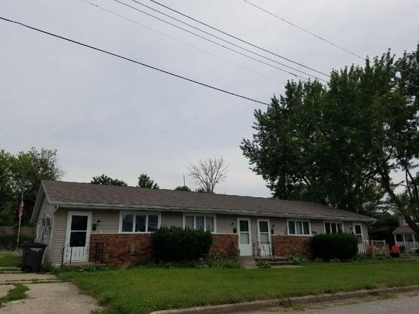null bed null bath Multi Family at 110 Michigan St E Three Oaks, MI, 49128 is for sale at 100k - google static map