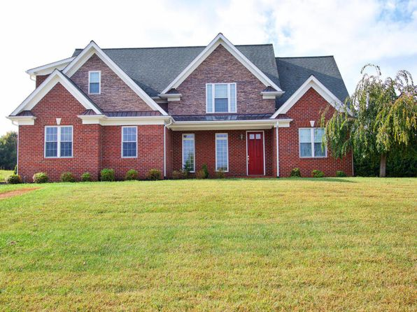 4 bed 4 bath Single Family at 8265 River Course Dr Radford, VA, 24141 is for sale at 370k - 1 of 59