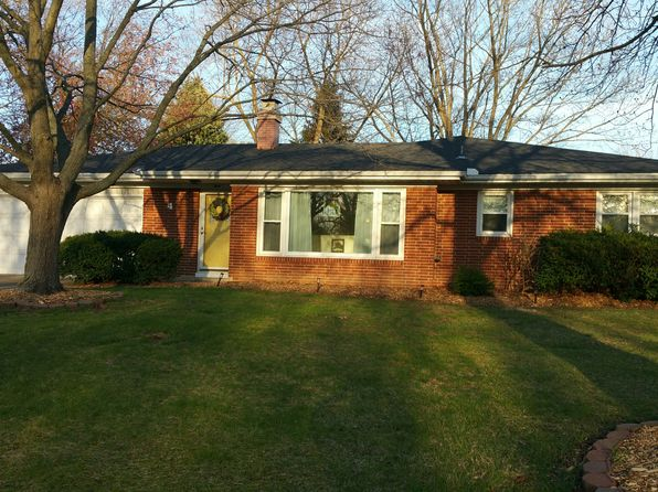 3 bed 3 bath Single Family at 4 Woodland Dr Forsyth, IL, 62535 is for sale at 167k - 1 of 9