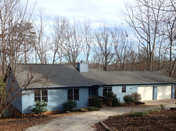 3 bed 2 bath Single Family at 340 Oakwood Ln Columbus, NC, 28722 is for sale at 198k - 1 of 13