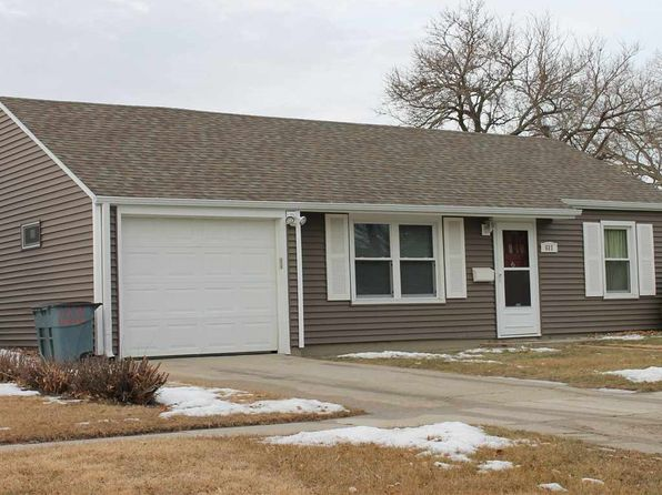 3 bed 1 bath Single Family at 611 Roland St Norfolk, NE, 68701 is for sale at 125k - 1 of 13