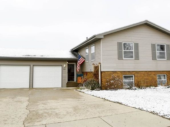 4 bed 2.5 bath Single Family at 110 12th Ave NE Minot, ND, 58703 is for sale at 255k - 1 of 24