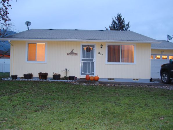 3 bed 1 bath Single Family at 837 SE Vine Maple Dr Myrtle Creek, OR, 97457 is for sale at 155k - 1 of 27