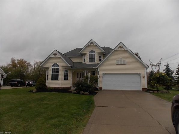 4 bed 3 bath Single Family at 9990 Firestone Ln Macedonia, OH, 44056 is for sale at 254k - 1 of 35